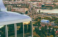 Portland aerial tram and Marquam Bridge