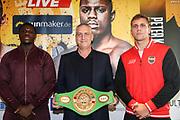 BOXEN: EC Boxpromotion & SES Boxing, Pressekonferenz, Hamburg, 17.12.2019<br /> v.l.: Peter Kadiru, Promoter Ulf Steinforth  und Tomas Salek<br /> © Torsten Helmke