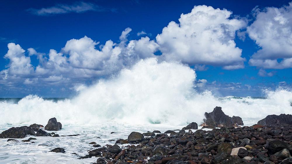 Rocky shoreline and powerful surf at Laupahoehoe Point Park, Laupahoehoe, The Big Island, Hawaii USA