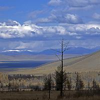 MONGOLIA, Darhad Valley. Dood Nuur lake and Horidol Saridog Mts.