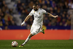 February 24, 2019 - Valencia, Valencia, Spain - Karim Benzema of Real Madrid shooting to goal during the week 25 of La Liga match between Levante UD and Real Madrid at Ciutat de Velencia Stadium in Valencia, Spain on February 24, 2019. (Credit Image: © Jose Breton/NurPhoto via ZUMA Press)