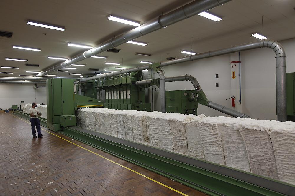 Montes Claros_MG, Brasil.<br /> <br /> Fardos de algodao e poliester no setor de materias primas na fabrica de tecidos em Montes Claros, Minas Gerais.<br /> <br /> Cotton and polyester bale in the manufacturing sector in the tissue factory in Montes Claros, Minas Gerais.<br /> <br /> Foto: LEO DRUMOND / NITRO