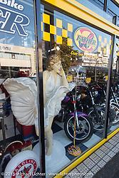 Visit to Z-Father Bōsōzoku motorcycle shop after Mooneyes. Tokyo, Japan. December 8, 2015.  Photography ©2015 Michael Lichter.