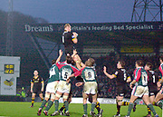 Wycombe. GREAT BRITAIN, 5th December 2004. Heineken Cup Rugby  London Wasps and Leicester Tigers,  Adams Park, ENGLAND, [Mandatory Credit; Peter Spurrier/Intersport-images].<br /> <br /> Line out
