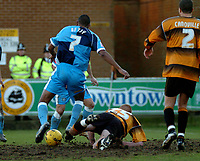 Photo: Ian Hebden.<br />Boston United v Wycombe Wanderers. Coca Cola League 2. 18/02/2006.<br />Wycombe's Kevin Betsy breaks through to equalise.