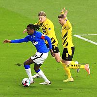 21.11.2020, OLympiastadion, Berlin, GER, DFL, 1.FBL, Hertha BSC VS. Borussia Dortmund, <br /> DFL  regulations prohibit any use of photographs as image sequences and/or quasi-video<br /> im Bild Dedryck Boyata (Hertha BSC Berlin #20), <br /> Erling Haaland (Borussia Dortmund #9), Marco Reus (Borussia Dortmund #11)<br /> <br />       <br /> Foto © nordphoto / Engler