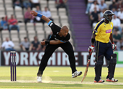 Sussex's Tymal Mills bowls - Photo mandatory by-line: Robbie Stephenson/JMP - Mobile: 07966 386802 - 19/06/2015 - SPORT - Cricket - Southampton - The Ageas Bowl - Hampshire v Sussex - Natwest T20 Blast