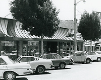 1977 Shops on the east side of Larchmont Blvd.