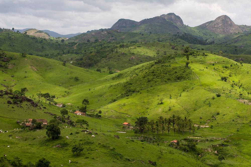 Santo Antonio do Jacinto_MG, Brasil...Casas em Santo Antonio do Jacinto, Minas Gerais...The houses in Santo Antonio do Jacinto, Minas Gerais...Foto: LEO DRUMOND / NITRO.