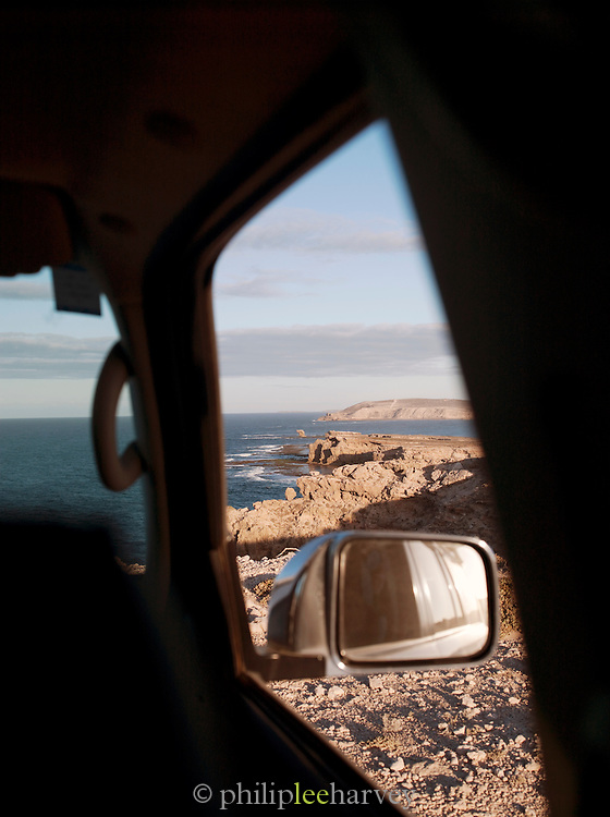 Car parked on top of cliffs at the Eyre Peninsula, Ellison, South Australia, Australia