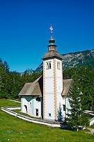 Slovenie, region de Gorenjska, Bohinj, parc national du Triglav, lac de Bohinj et eglise Sveti Duh // Slovenia, Gorenjska region, Triglav National Park, Bohinj lake and Sveti Duh church