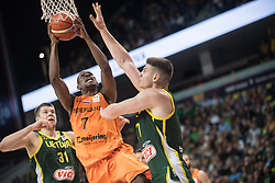 VILNIUS, Sept. 18, 2018  Charlon Kloof (C) of Netherlands goes to the basket during FIBA World Cup basketball qualifying match between Lithuania and Netherlands in Vilnius, Lithuania, on Sept. 17, 2018. Lithuania won 95-93. (Credit Image: © Alfredas Pliadis/Xinhua via ZUMA Wire)
