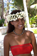 Polynesian woman with black pearls, Takapoto, Tuamotu Islands, French Polynesia, (Editorial use only)<br />