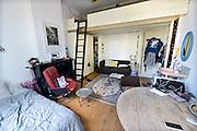 Nederland, Nijmegen, 16-8-2016 Een studentenkamer in een studentenhuis in het centrum van de stad . Op kamers gaan. Deze kamer in een herenhuis kost 355 voor 24 m2Foto: Flip Franssen