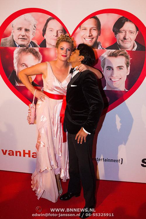 NLD/Scheveningen/20130909 -  Filmpremiere Smoorverliefd, Wibi Sourjadi en partner Celine van Riensdijk