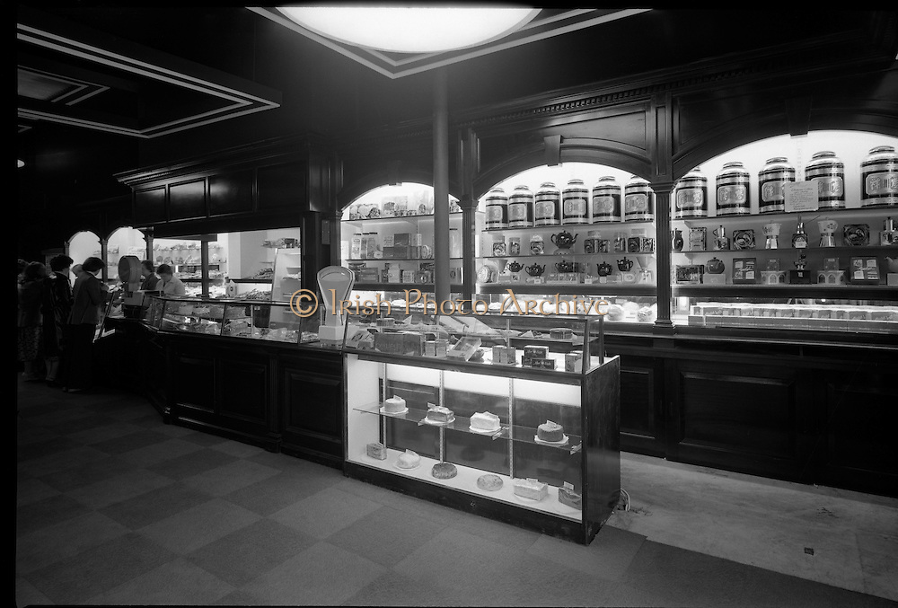 Special for Bewley's Cafe - exteriors and interiors,  Bewley's, Westmoreland St..15/06/1979