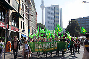 Manifestazione Umfairteilen per la redistribuzione equa dei patrimoni fiscali e dei redditi promossa dalle forze di sinistra e da numerose associazioni. Nell'immagine i verdi.
