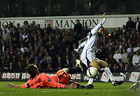 Photo: Paul Thomas.<br />Tottenham Hotspur v Sevilla. UEFA Cup. Quarter Final, 2nd Leg. 12/04/2007.<br /><br />Aaron Lennon scores for Spurs.