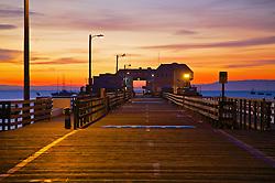 Sunrise, pier, Port San Luis, Avila Beach, California