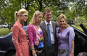 Paris and Nicky Hilton and their parents. Givenchy. Ave Foch. Paris. 8 July 2001. © Copyright Photograph by Dafydd Jones 66 Stockwell Park Rd. London SW9 0DA Tel 020 7733 0108 www.dafjones.com