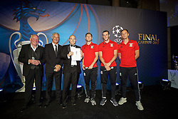 CARDIFF, WALES - Wednesday, August 31, 2016: Terry Yorath, Ian Rush, competition winner, Ben Davies, Gareth Bale and Andy King during a gala dinner at the Cardiff Museum to launch the UEFA Champions League Finals 2017 to be held in Cardiff. (Pic by David Rawcliffe/Propaganda)