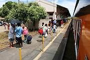 Belo Horizonte_MG, Brasil. ..Trem de passageiros da Estrada de Ferro Vitoria-Minas...The passenger train of the Railroad Vitoria-Minas...Foto: MARCUS DESIMONI / NITRO