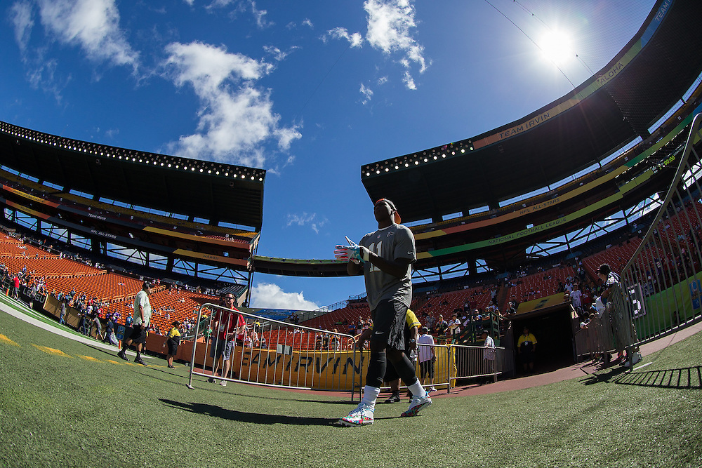 January 31 2016: Team Irvin Julio Jones goes out to warm up before the Pro Bowl at Aloha Stadium on Oahu, HI. (Photo by Aric Becker/Icon Sportswire)