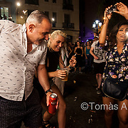 The Fiesta Mayor festivity of the popular Gràcia neighbourhood has been going through an accelerated massification process: in 2018, nearly 2.3 million people visited its streets during the seven days of the celebration.