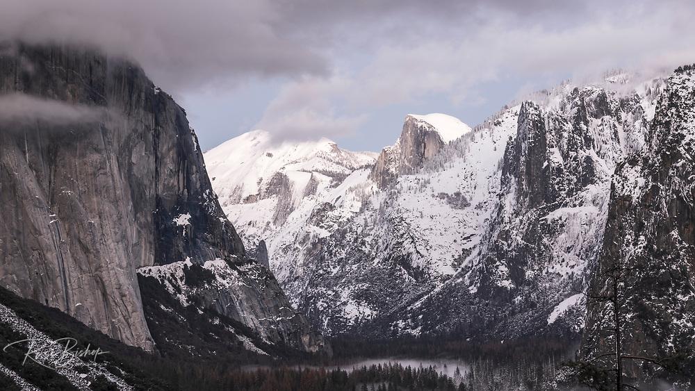 Clearing winter storm over Yosemite Valley, Yosemite National Park, California USA
