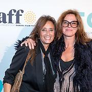 NLD/Amsterdam/20161005 - Filmpremiere Tonio, Suzanne Klemann en partner Minka Mooren