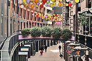 Nederland, Nijmegen, 6-10-2020  Straatbeelden van deze stad in Gelderland .Marikenstraat, de koopgoot van deze stad, bestaat dit jaar 20 jaar .Foto: ANP/ Hollandse Hoogte/ Flip Franssen