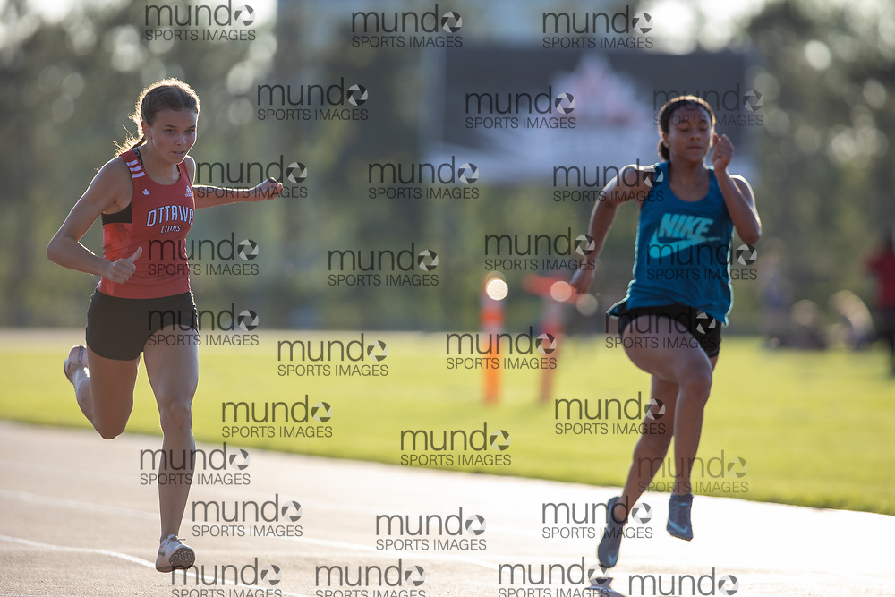 OTTAWA - August 15:  Katie Manor and Jasmine Kidd at the fourth Ottawa Summer Twilight Series meet of 2020, held under COVID-19 protocols at the Terry Fox Athletic Facility. <br /> Copyright Miles Ryan Rowat / Mundo Sport Images