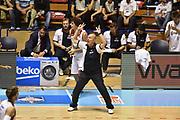 Descrizione: Beko Supercoppa 2015 Finale Grissin Bon Reggio Emilia - Olimpia EA7 Emporio Armani Milano<br /> GIOCATORE: Massimiliano Menetti<br /> CATEGORIA: Allenatore Coach Mani Schema SQUADRA: Grissin Bon Reggio Emilia<br /> EVENTO: Beko Supercoppa 2015<br /> GARA: Grissin Bon Reggio Emilia - Olimpia EA7 Emporio Armani Milano<br /> DATA: 27/09/2015<br /> SPORT: Pallacanestro<br /> AUTORE: Agenzia Ciamillo-Castoria/GiulioCiamillo
