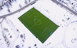THEMENBILD - ein gruenes Fussballfeld in der verschneiten norwegischen Landschaft, aufgenommen am 12. Maerz 2019 in Lillehammer, Norwegen // a green football field in the snow-covered Norwegian countryside, Lillehammer, Norway on 2018/03/12. EXPA Pictures © 2019, PhotoCredit: EXPA/ JFK
