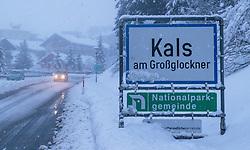 09.01.2017, Kals, AUT, Akute Lawinengefahr in Osttirol, im Bild Strassensperre bei Kals wegen akuter Lawinengefahr // Closed road due avalanche danger, Kals, Austria on 2018/01/09. EXPA Pictures © 2018, PhotoCredit: EXPA/ Lukas Huter