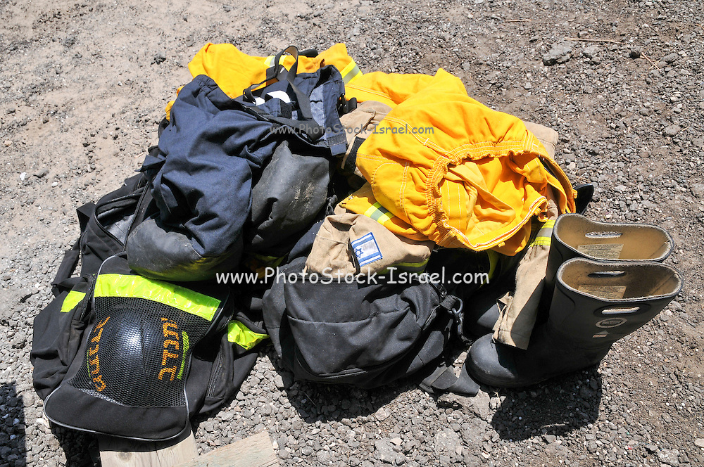 Firefighter's protective clothing