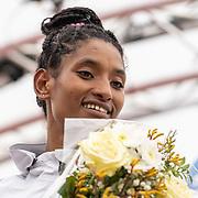 20-10-2019: Atletiek: TCS Amsterdam Marathon: Amsterdam  Degitu Azimeraw (ETH),  Olympic Stadion