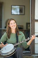 Arya Degenhardt playing banjo in Lee Vining, CA