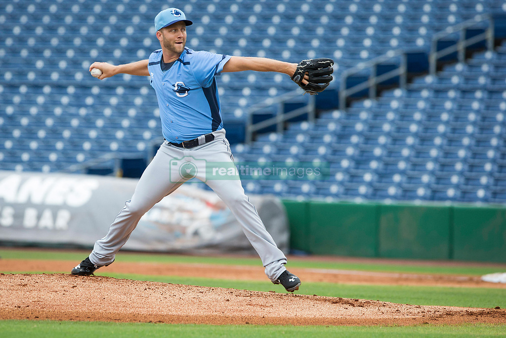 June 5, 2017 - St. Petersburg, Florida, U.S. - WILL VRAGOVIC       Times.Charlotte Stone Crabs pitcher Brad Boxberger (11) throwing in the first inning of the game between the Charlotte Stone Crabs and the Clearwater Threshers at Spectrum Field in Clearwater, Fla. on Monday, June 6, 2017. (Credit Image: © Will Vragovic/Tampa Bay Times via ZUMA Wire)