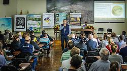 Jaime Ries durante o Seminário do Queijo Colonial Gaúcho durante a 39ª Expointer - Exposição Internacional de Animais, Máquinas, Implementos e Produtos Agropecuários. A maior feira a céu aberto da América Latina,  promovida pela Secretaria de Agricultura e Pecuária do Governo do Rio Grande do Sul, ocorre no Parque de Exposições Assis Brasil, entre 27 de agosto e 04 de setembro de 2016 e reúne as últimas novidades da tecnologia agropecuária e agroindustrial. FOTO: Itamar Aguiar / Agência Preview