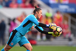 Mary Earps of Reading Women - Mandatory by-line: Paul Knight/JMP - 22/04/2017 - FOOTBALL - Ashton Gate - Bristol, England - Bristol City Women v Reading Women - FA Women's Super League 1 Spring Series