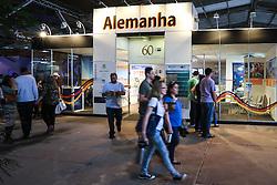 Movimento de público no Pavilhão Internacional da 38ª Expointer, que ocorrerá entre 29 de agosto e 06 de setembro de 2015 no Parque de Exposições Assis Brasil, em Esteio. FOTO: André Feltes/ Agência Preview