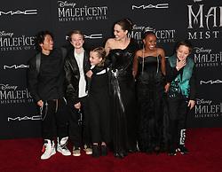 Maleficent: Mistress of Evil Premiere. 30 Sep 2019 Pictured: Knox Jolie-Pitt, Zahara Marley Jolie-Pitt, Pax Thien Jolie-Pitt, Angelina Jolie, Vivienne Marcheline Jolie-Pitt, and Shiloh Nouvel Jolie-Pitt. Photo credit: Jen Lowery / MEGA TheMegaAgency.com +1 888 505 6342