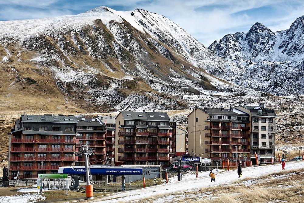 Pas de la Casa Andorra The Pyrenees sky resort with little snow