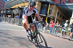 JOHANNESBURG, SOUTH AFRICA – AUGUST 13: Lean Janse Van Rensburg leans into a corner, before winning his category at the Helivac Melrose Arch Criterium race on 13 August 2017 in Johannesburg, South Africa. Cyclists competed in a criterium race hosted at the popular Merose Arch, criterium racing takes place on short course within a closed circuit. The racing is hotly contested over a number of laps as riders jostle for posistion. (Photo by Dino Lloyd)