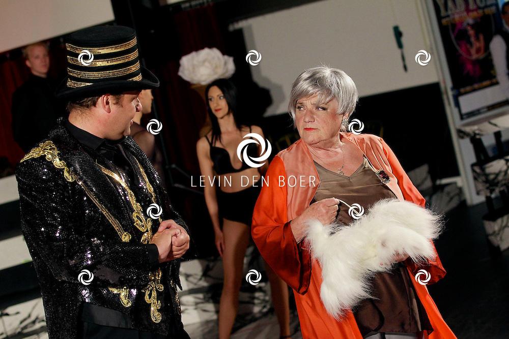 AMSTERDAM - In de Dutch Studio's is de presentatie gehouden van de nieuwe musical Yab Yum - Het Circus van de Nacht.  Met op de foto Richard Groenendijk en Nelly Frijda. FOTO LEVIN DEN BOER - PERSFOTO.NU