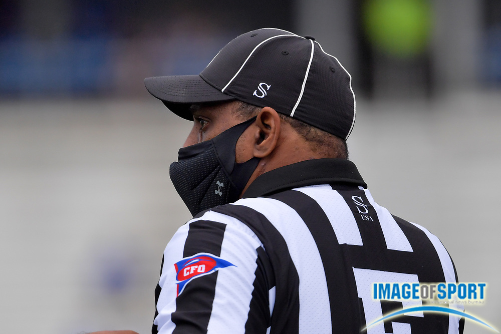 """CUSA referee complies with policy by wearing a mask during the first half of the game between the Middle Tennessee Blue Raiders and the Troy Trojans at Johnny """"Red"""" Floyd Stadium in Murfreesboro, Tenn., Saturday, Sept. 19, 2020. (Jim Brown/Image of Sport)"""