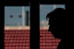 May 29, 2018 - BÃ¥Stad, Sverige - 180529 Tom Prahl, bevakare i siluett under en pressträff med ledarstaben i Sveriges fotbollslandslag den 29 maj 2018 i BÃ¥stad  (Credit Image: © Petter Arvidson/Bildbyran via ZUMA Press)