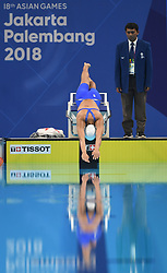 JAKARTA, Aug. 24, 2018  Wang Jianjiahe of China enters water during women's 400m freestyle final of swimming at the 18th Asian Games in Jakarta, Indonesia, Aug. 24, 2018. Wang won the gold medal. (Credit Image: © Pan Yulong/Xinhua via ZUMA Wire)