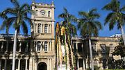 King Kamehameha, Statue, Leis, Honolulu, Oahu, Hawaii